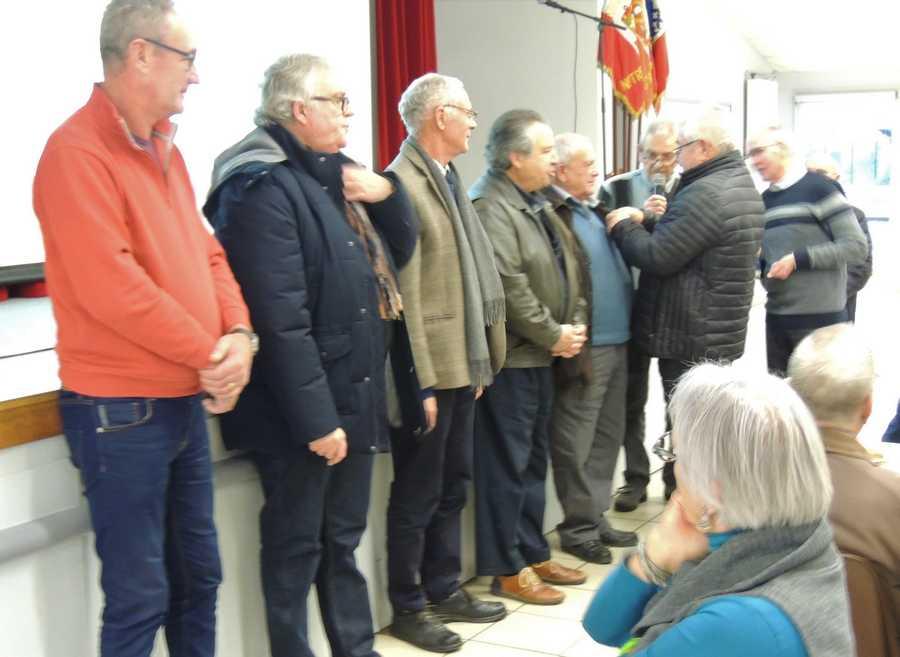 Remise d'insignes aux nouveaux Soldats de France à l'UNC