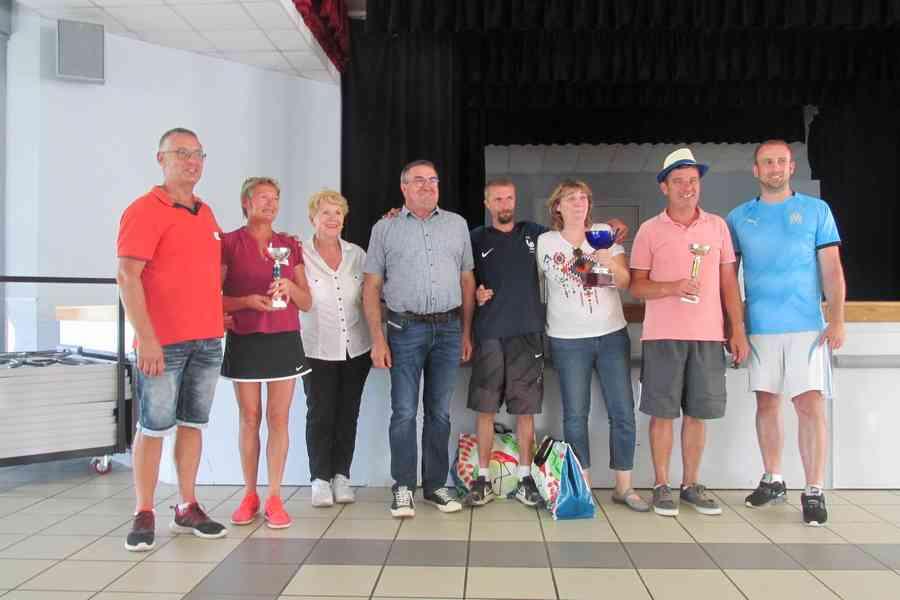 Les vainqueurs du concours de pétanque organisé par l'ADPAR