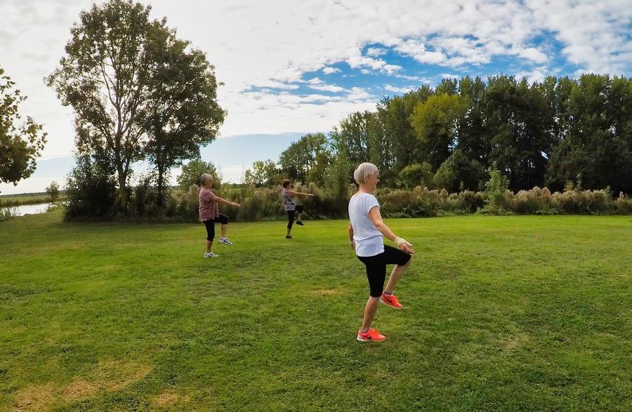 Atelier Equilibre Seniors en extérieur avec MaVie