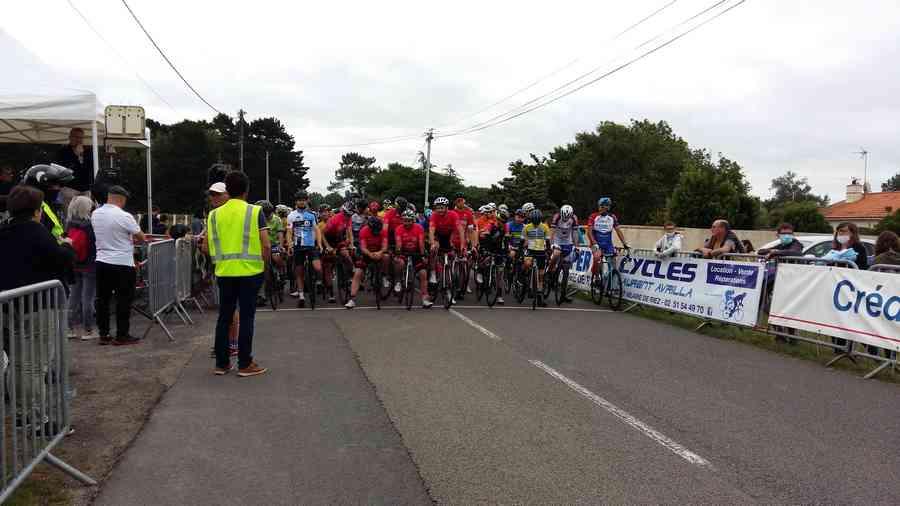 Les courses cyclistes organisées par le Comité des Fêtes