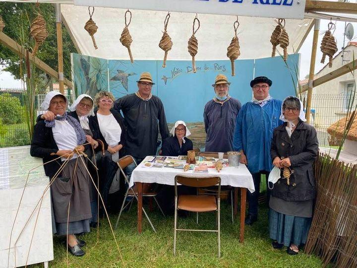 Foire à l'Ancienne de Challans, avec les bénévoles de la commune